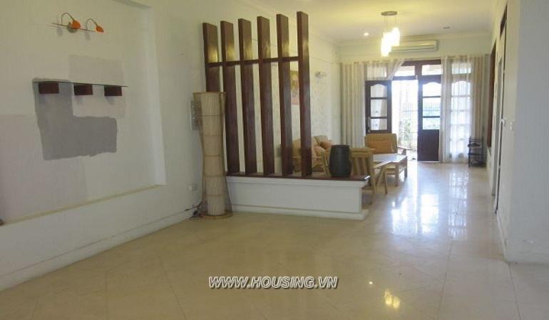 cheap-villa-ciputra-05