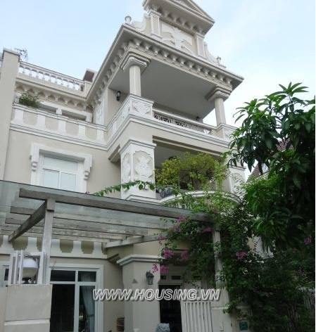 Modern style villa in Ciputra with 5 bedrooms, garden