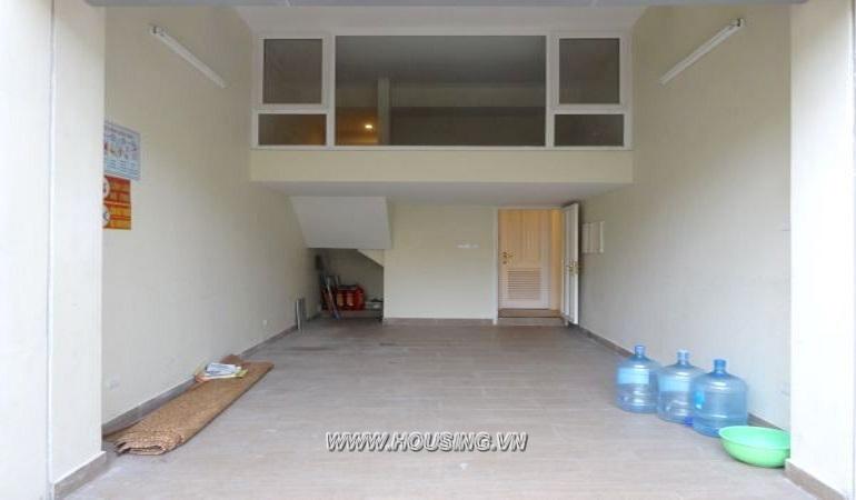 villa-in-ciputra-03