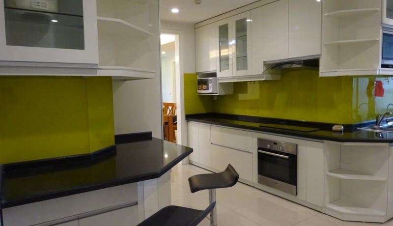 Ciputra Apartment 05