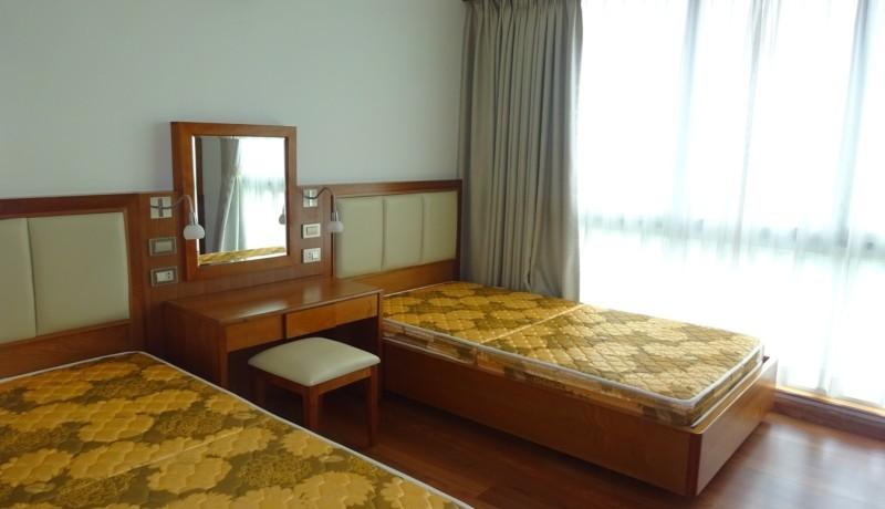 Ciputra Apartment 17