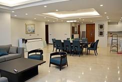 spacious apartment in ciputra (5)