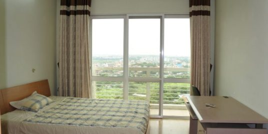 High floor apartment in E1 Ciputra Hanoi