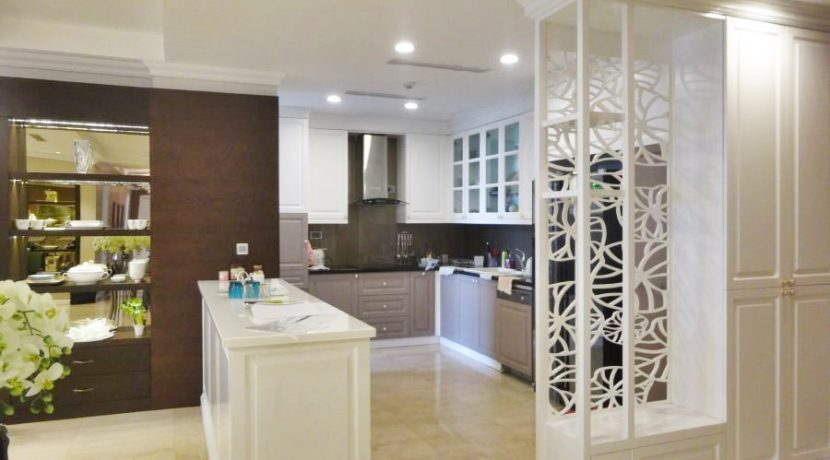 2. kitchen (2)