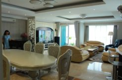 Luxury Apartments Ciputra Hanoi views Golf Court