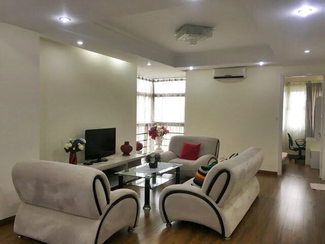 Apartment in E5 tower, Ciputra Hanoi